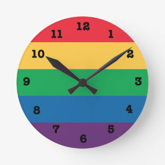 Regenbogen-Stolz-Flagge nummerierte Wanduhr
