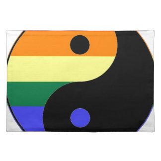 Regenbogen Yin und Yang - LGBT Tischset