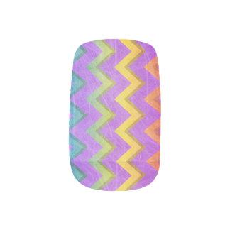 Regenbogen Zickzack mit Schatten-Verkratzt durch Minx Nagelkunst