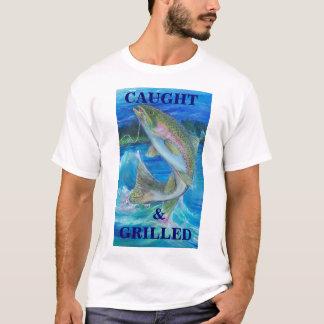 Regenbogenforelle-Malerei, gefangen u.   GEGRILLT T-Shirt