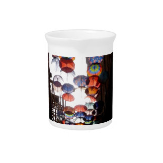 Regenschirm-Gasse Getränke Pitcher