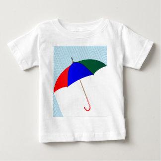 Regenschirm im Regen Baby T-shirt