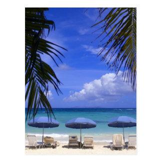 Regenschirme auf Strand, St. Maarten, karibisch Postkarten