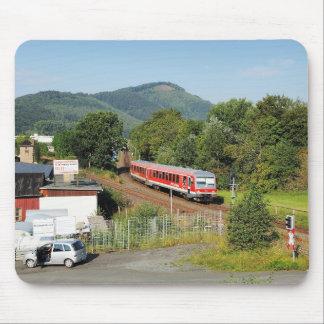Regionalbahn nach Marburg aufgenommen bei Wallau Mousepad