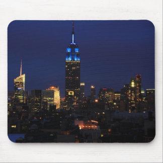 Reich-Staats-Gebäude alles im Blau, NYC Skyline Mousepads