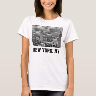 Reich-Staats-Gebäude, stürmischer NYC Skyline, B&W T-Shirt