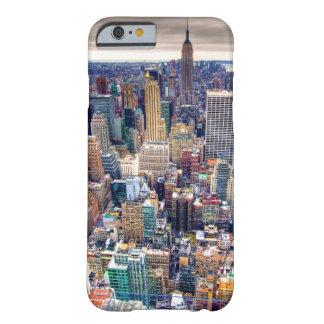 Reich-Staats-Gebäude und Midtown Manhattan Barely There iPhone 6 Hülle