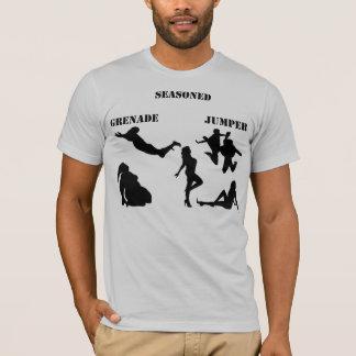 Reifer Granaten-Pullover T-Shirt