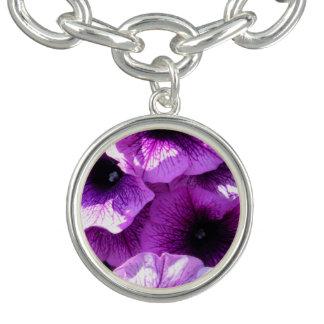 Reihe der lila Wellen-Petunien Charm Armband