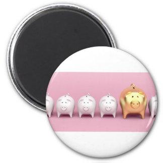Reihe mit piggy Banken auf rosa Hintergrund Runder Magnet 5,7 Cm