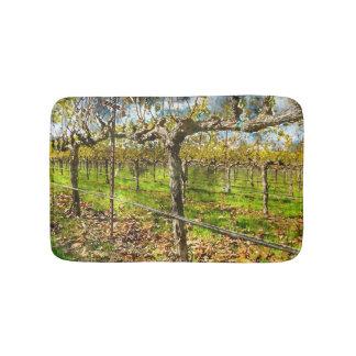 Reihen der Weinstöcke in Napa Valley Kalifornien Badematte