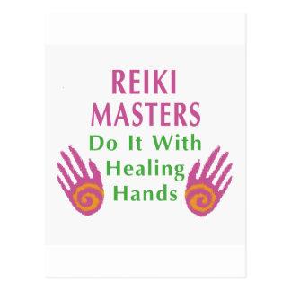 Reiki Meister tun es mit den heilenden Händen Postkarte