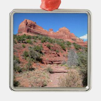 Reise-Fotografie Eagle-Felsen-II Sedona Arizona Quadratisches Silberfarbenes Ornament
