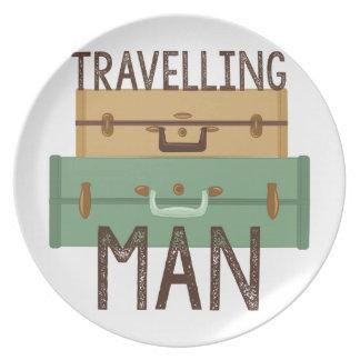 Reisender Mann Teller