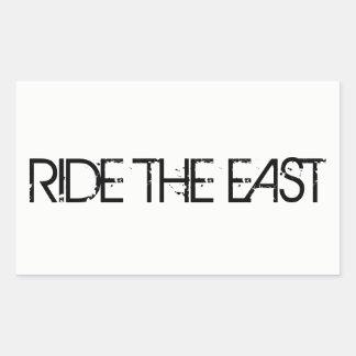 Reiten Sie den Osten Rechteckiger Aufkleber