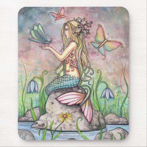 Reizende Meerjungfrau Mousepad durch Molly Harriso