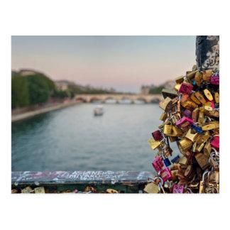 Reizender Abends-Himmel in Paris Postkarte