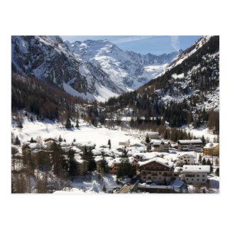 Reizender Snowy Lillaz in der italienischen Postkarte