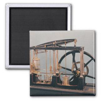 Rekonstruktion des Dampf-Motors James-Watts Quadratischer Magnet
