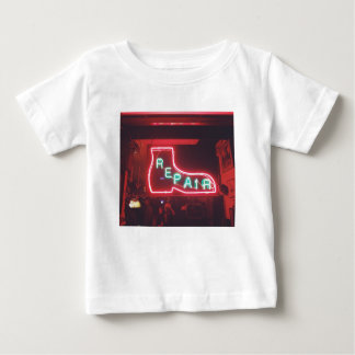 Repare Leuchtreklame NYC Baby T-shirt