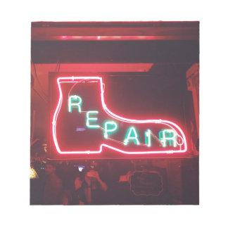 Repare Leuchtreklame NYC Notizblock