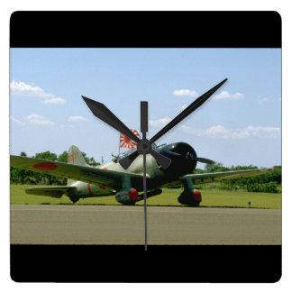 Replik-Sturzbomber, vordere Angle_WWII Flugzeuge Wanduhren