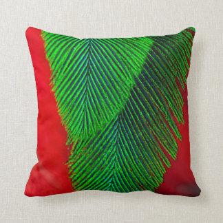 Resplendent Quetzal-Feder abstrakt Kissen