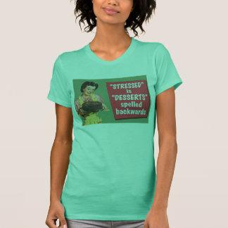 Retro betont ist die Nachtische, die rückwärts T-Shirt