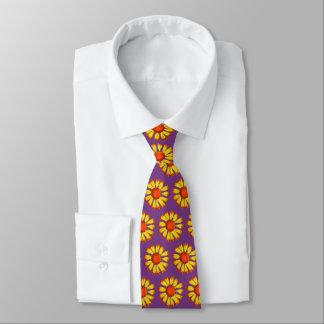 Retro Gänseblümchen-Gelb auf lila Hals-Krawatte Krawatte