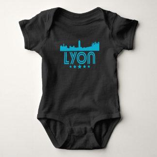 Retro Lyon-Skyline Baby Strampler