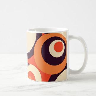 Retro Orangen-und Brown-Jahr-abstrakte Kunst Kaffeetasse