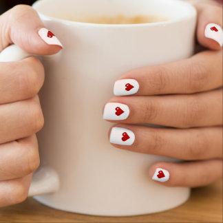 Retro Pixel-Kunst-Herz-Nagel-Entwurf des Minx Nagelkunst