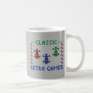 Retro Pixel-Rennen Kaffeetasse