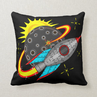 Retro Rocket im Raum Kissen