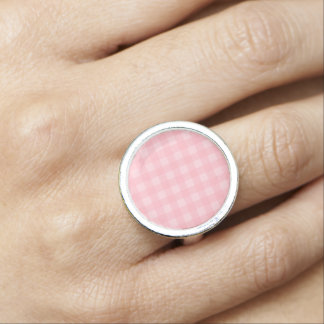 Retro rosa Gingham-karierter Muster-Hintergrund Foto Ring