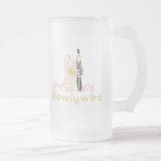 Retro rosa und grünes Jungvermählten Mattglas Bierglas