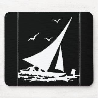 Retro Segelboot-Silhouette Mauspad
