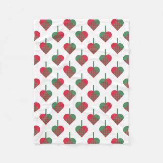 Retro skandinavisches Weihnachtsherz-Muster Fleecedecke