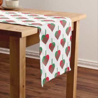 Retro skandinavisches Weihnachtsherz-Muster Kurzer Tischläufer