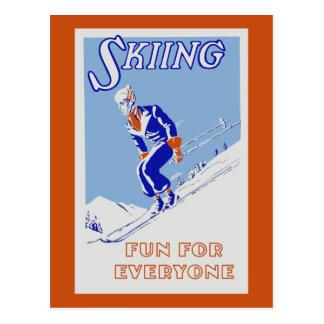 Retro Skifahrenspaß für jeder Postkarte