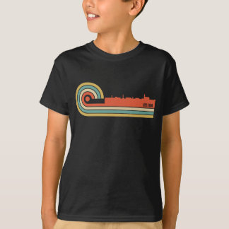 Retro Skyline Art-Helenas Montana T-Shirt