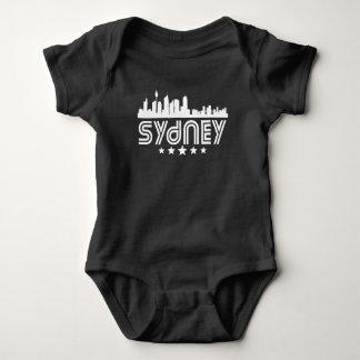 Retro Sydney-Skyline Baby Strampler