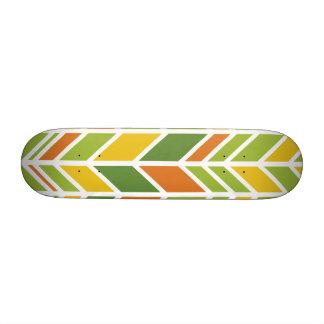 Retro Zickzack-orange und grünes Skateboard Skateboard Deck