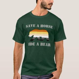 Retten Sie einer Pferdefahrt einen Bären T-Shirt