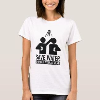 Retten Sie Wasser-Dusche mit einem Freund T-Shirt