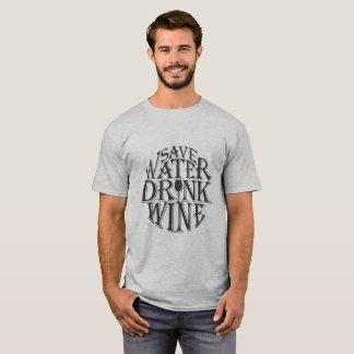 Retten Sie Wasser und trinken Sie Weinzitatentwurf T-Shirt