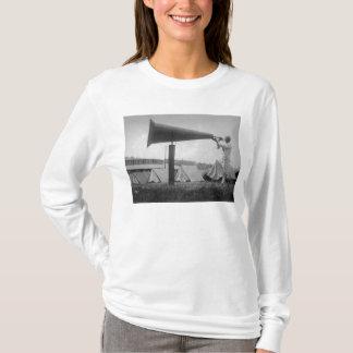 Reveille - Marine-Training, Seattle (Ca 1917) T-Shirt