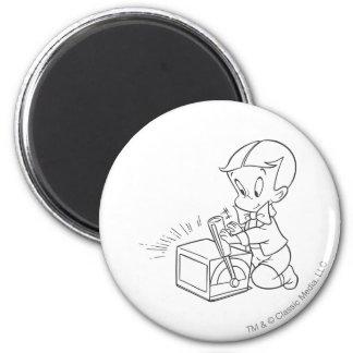 Richie reiches Spielen mit Spielzeug - B&W Runder Magnet 5,1 Cm