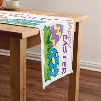Riesiger Osterei-glücklicher Kurzer Tischläufer