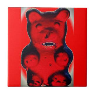Riesiges Blut, das Süßigkeits-Bären sind zum Kotze Kachel